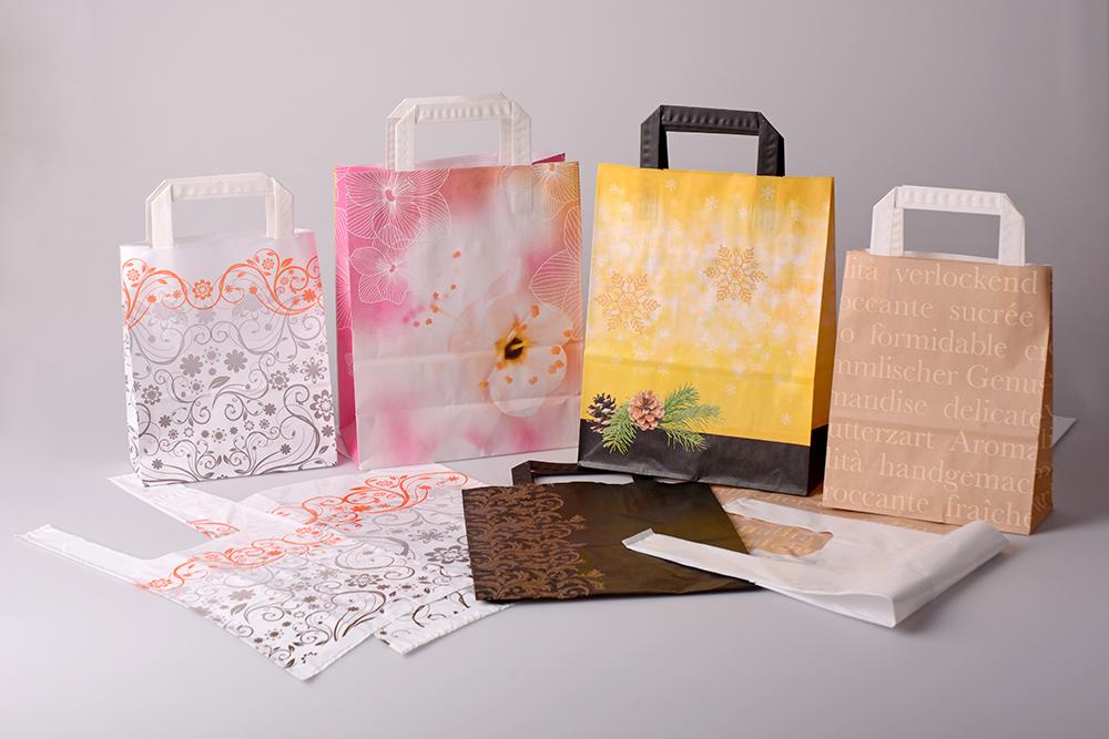 Cabas en papier / Sac plastique